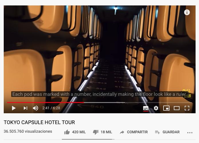 captura de pantalla vídeo de Youtube sobre hoteles cápsula en Japón